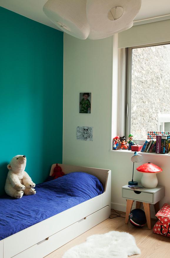 nacera-portrait-lifestyle-univers-inspiration-chambre-parisienne-kids-enfant-chambre-laurette-smallable.jpg